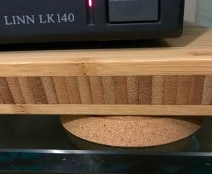 Korkuntersetzer unter dem Aptitlig Brett von Ikea