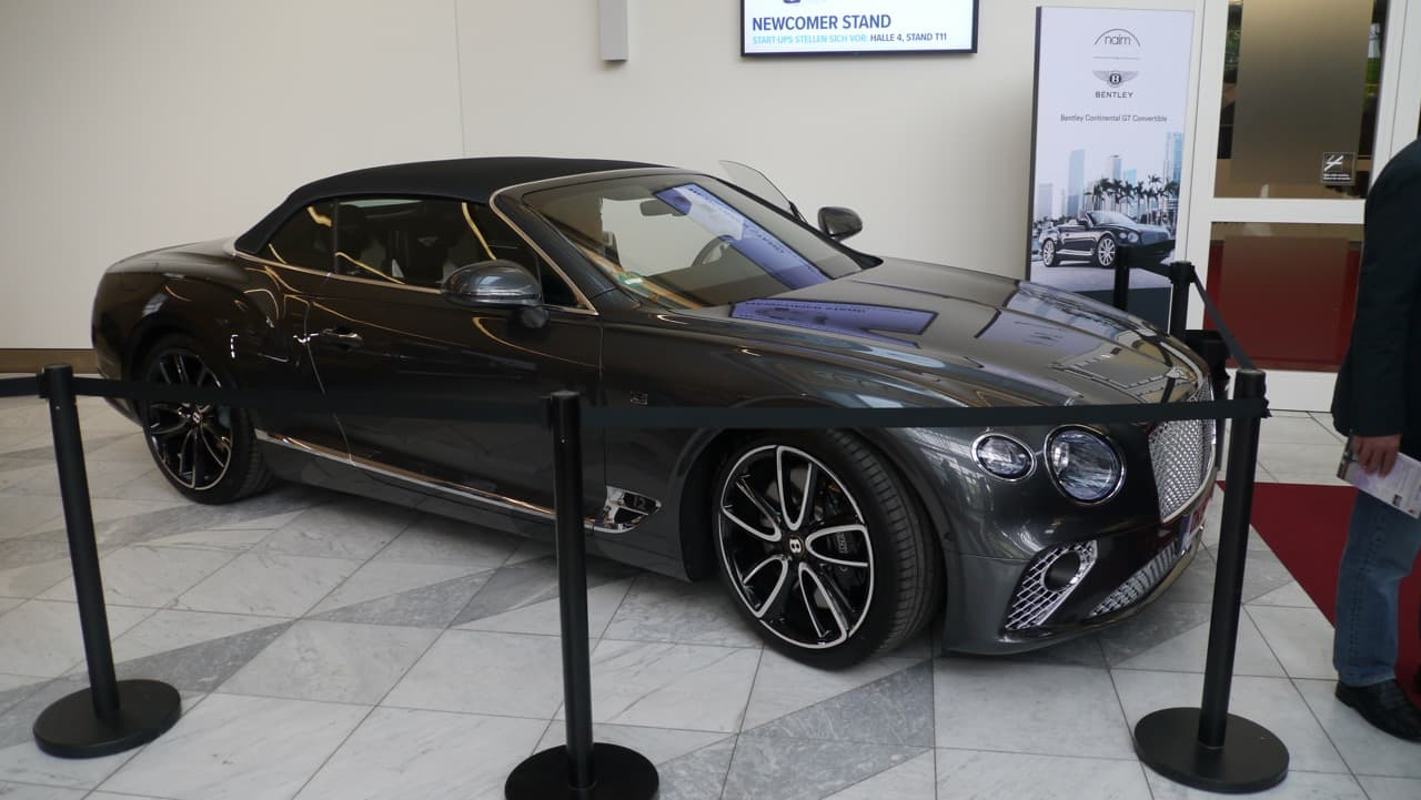 Bentley Coupe mmit NAIM Anlage