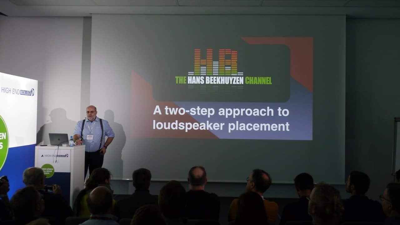 Vortragsbeginn über Lautsprecherpositionierung