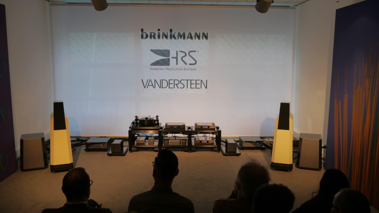 Vandersteen Boxen in gelb mit Brinkmann Elektronik